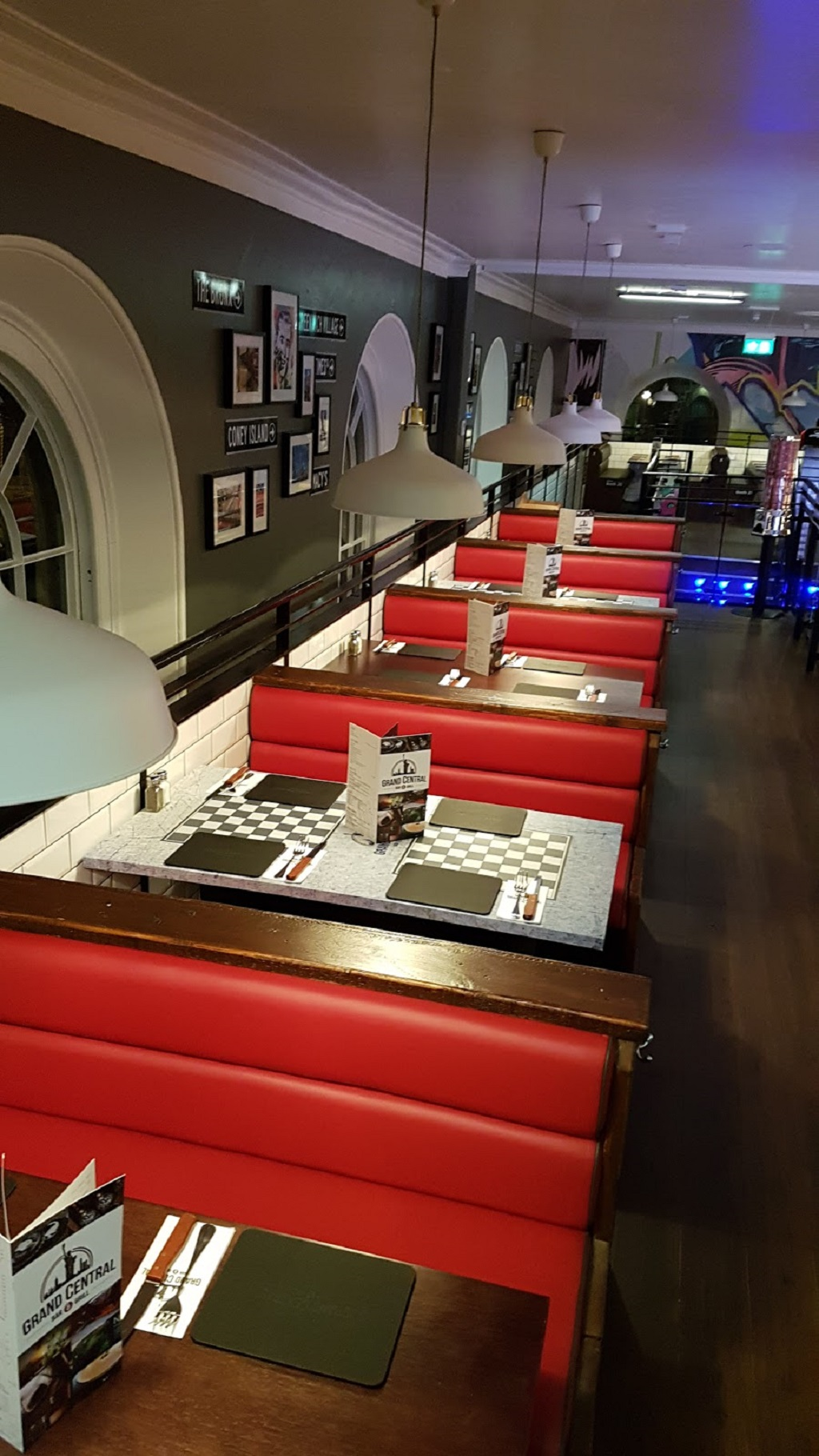 Cucina Restaurant In Leigh On Sea Restaurant Seating Restaurant Upholstery Hill Upholstery Design