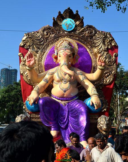 Chira Bazaar Tadwadi Sarvajanik Mandal 2013