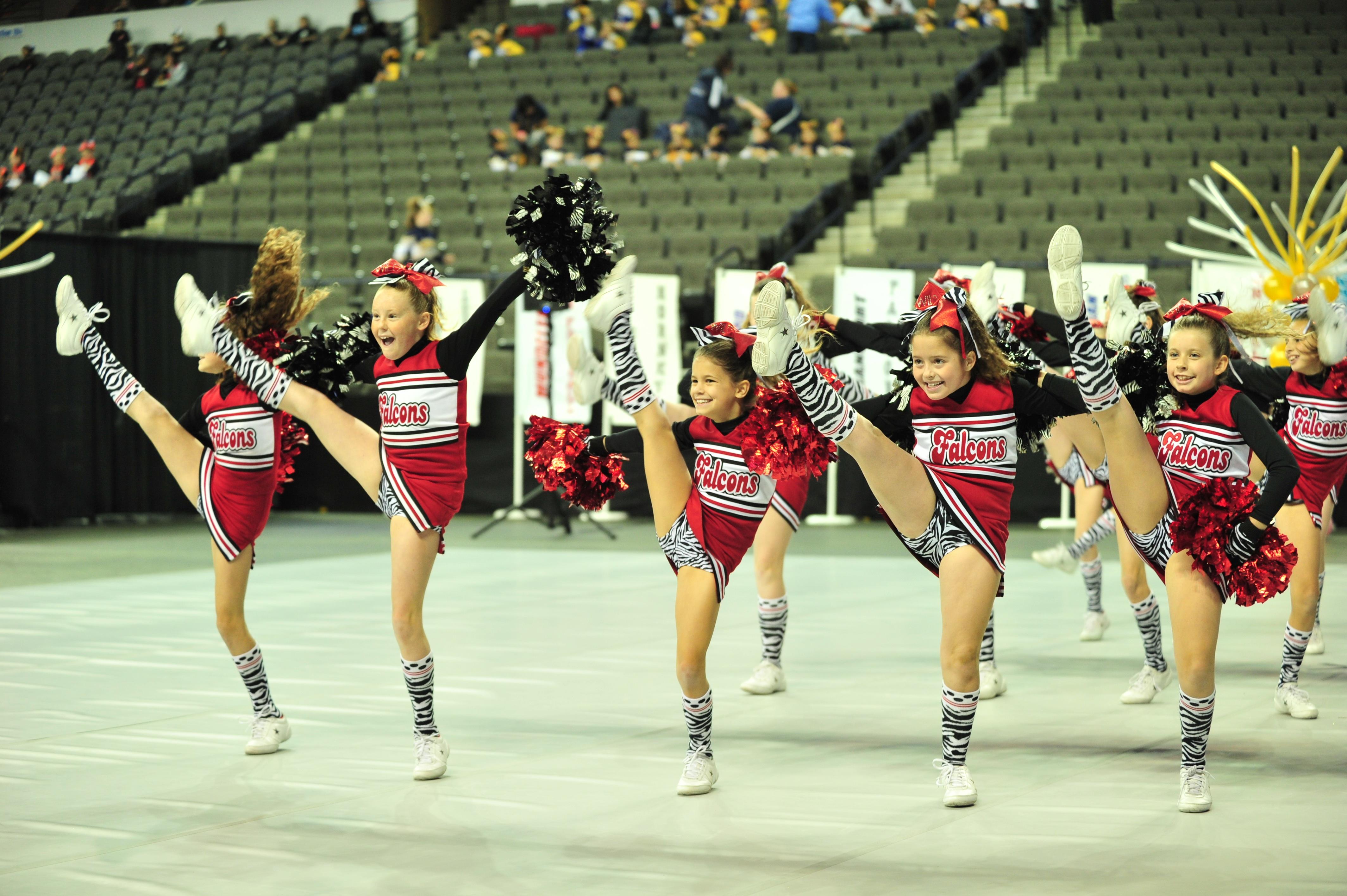 #Denver #Broncos #Cheerleaders #NFL | Hot cheerleaders, Broncos cheerleaders, Denver bronco