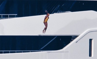 ICYMI This Week: Savage Beyonce Jumps Off A Three-Story Yacht – HipHollywood