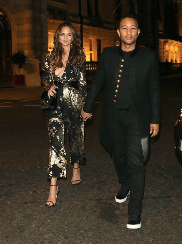 John Legend and Chrissy Teigen return to their London hotel after dining at a restaurant in Mayfair. London, United Kingdom - Thursday October 20, 2016.