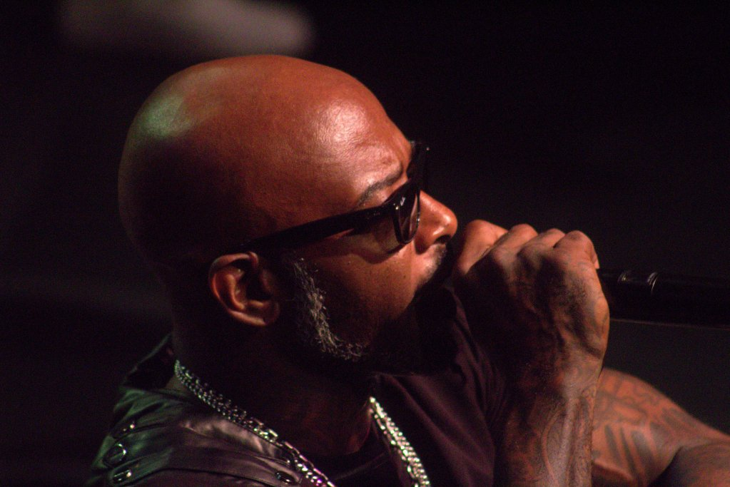 10 Cool Photos of Naughty By Nature at Art of Rap Show