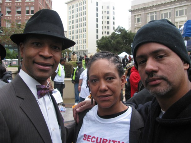 Minister Keith, spoken word artist Kat and organizer Tony Coleman have been on the case from day one. They along with many other Bay Area activists refused to let any obstacles stop theim from seeing this case through.. As Minister keith reminded us the end the goal is Justice!