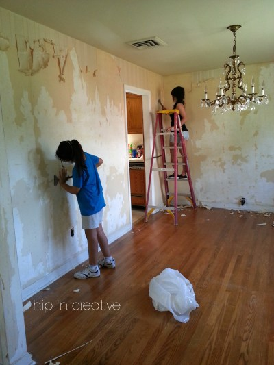 DIY Wallpaper Removal {what worked for me} | Hip N' Creative