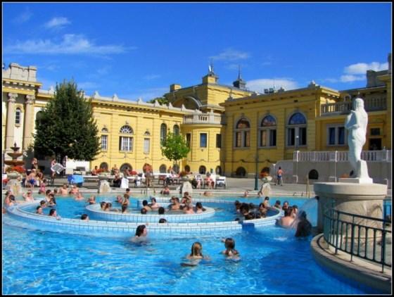 budapest bath house szechenyi