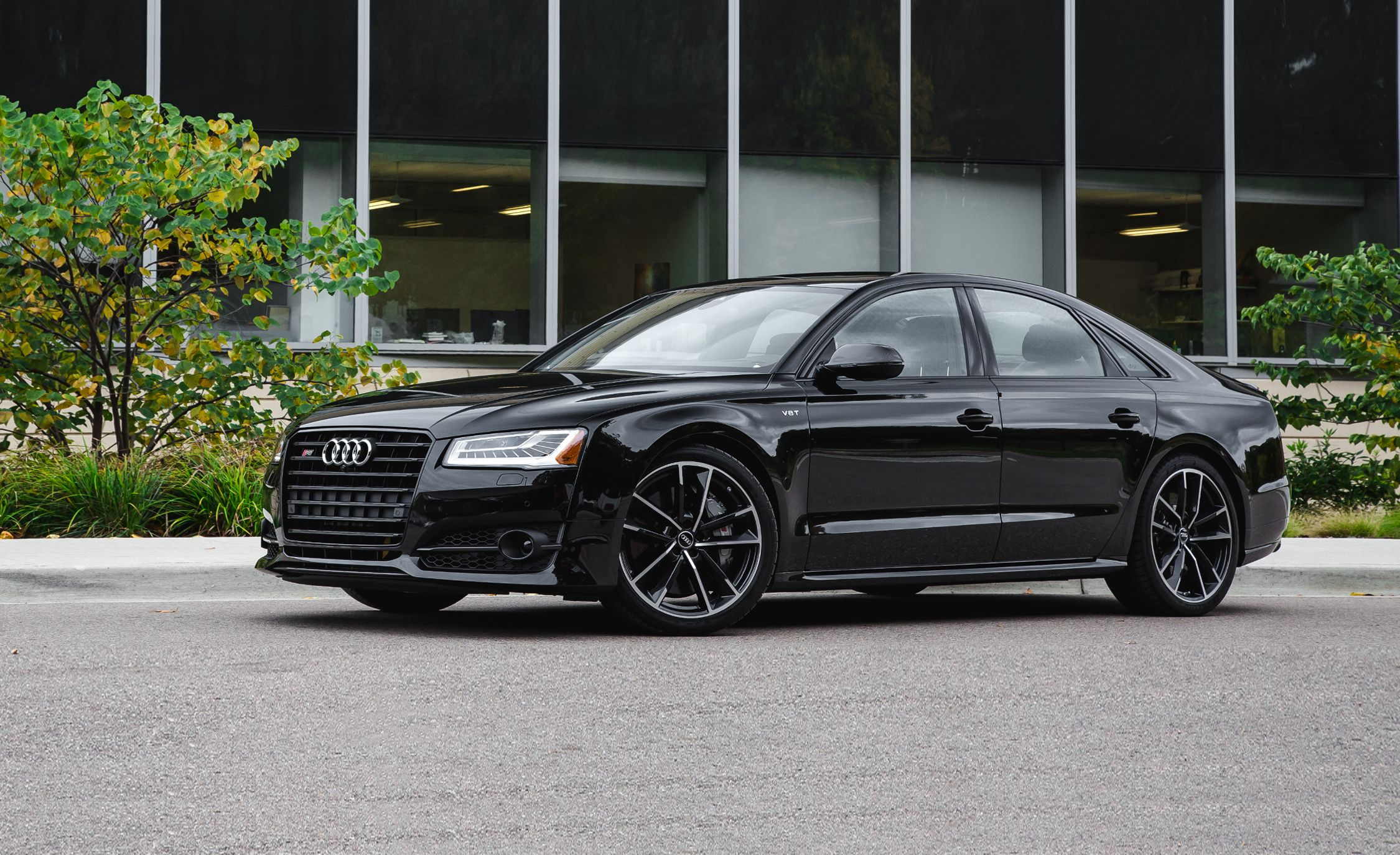 Future Cars 2018 Wallpapers 2017 Audi S8 Pictures Photo Gallery Car And Driver