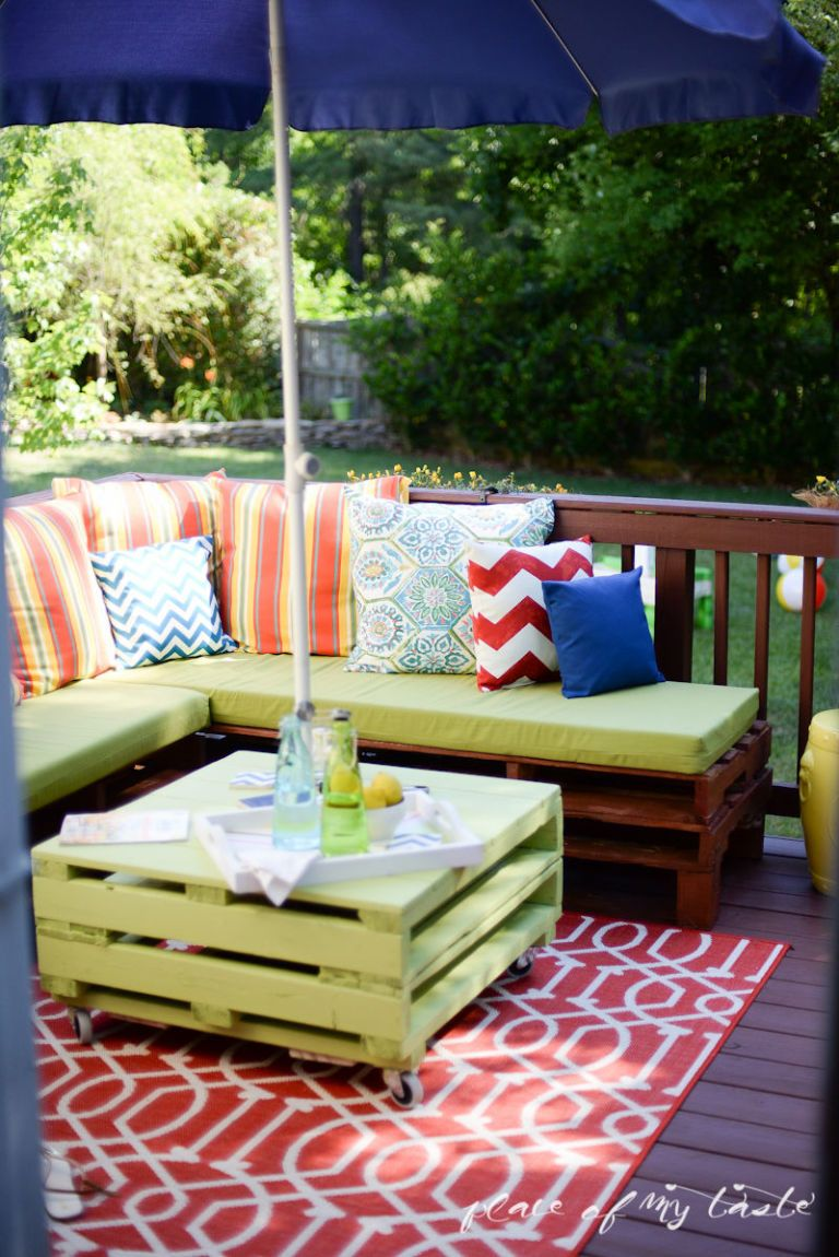 Parasol Terrasse Cafe Pallet Furniture Porch Makeover - Place Of My Taste