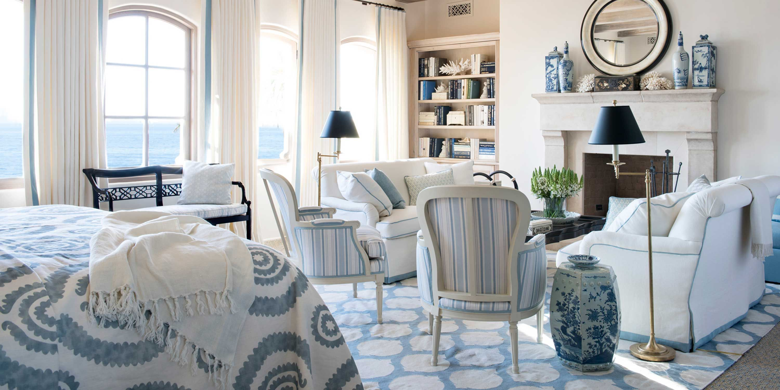 Grey White And Blue Living Room Blue And White Rooms Decorating With Blue And White