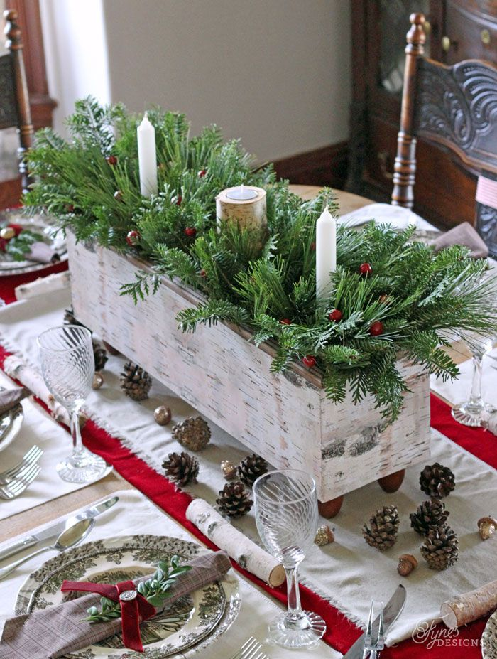 43 Best Christmas Table Settings - Decorations and Centerpiece Ideas