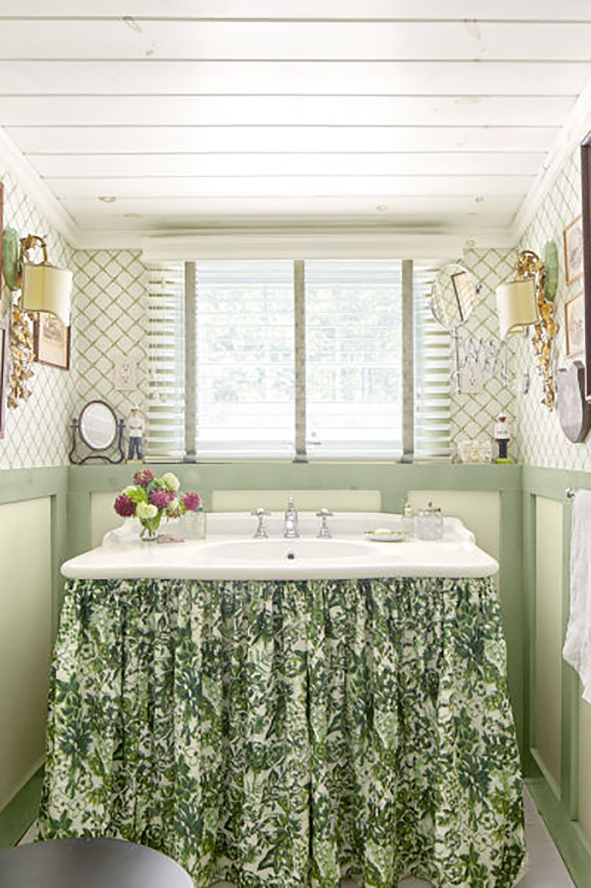 Mint Green Kitchen Curtains Decorating With Green 43 Ideas For Green Rooms And Home Decor