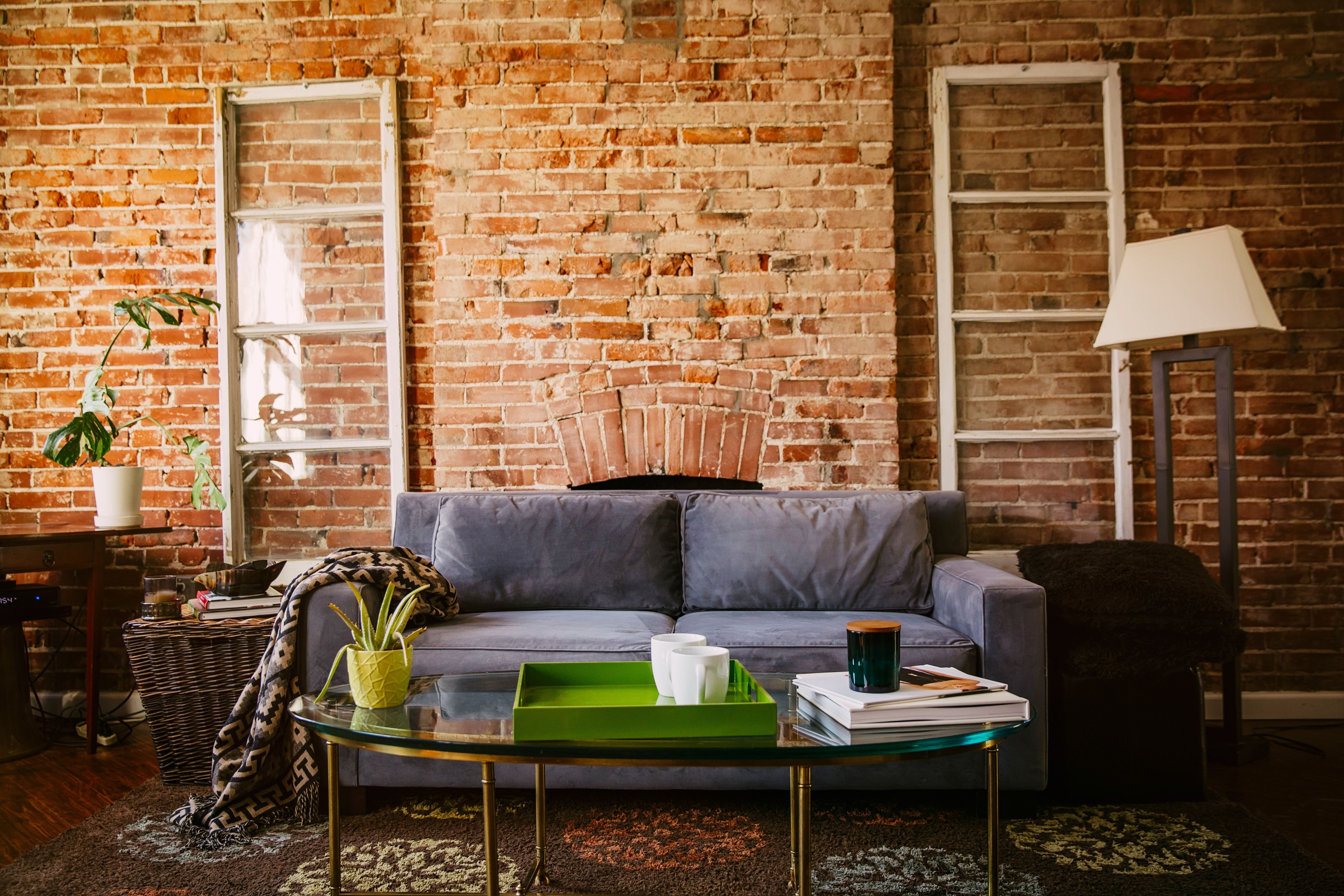 Brick Wall Design Pros Cons Of Exposed Brick How To Care For Brick Walls