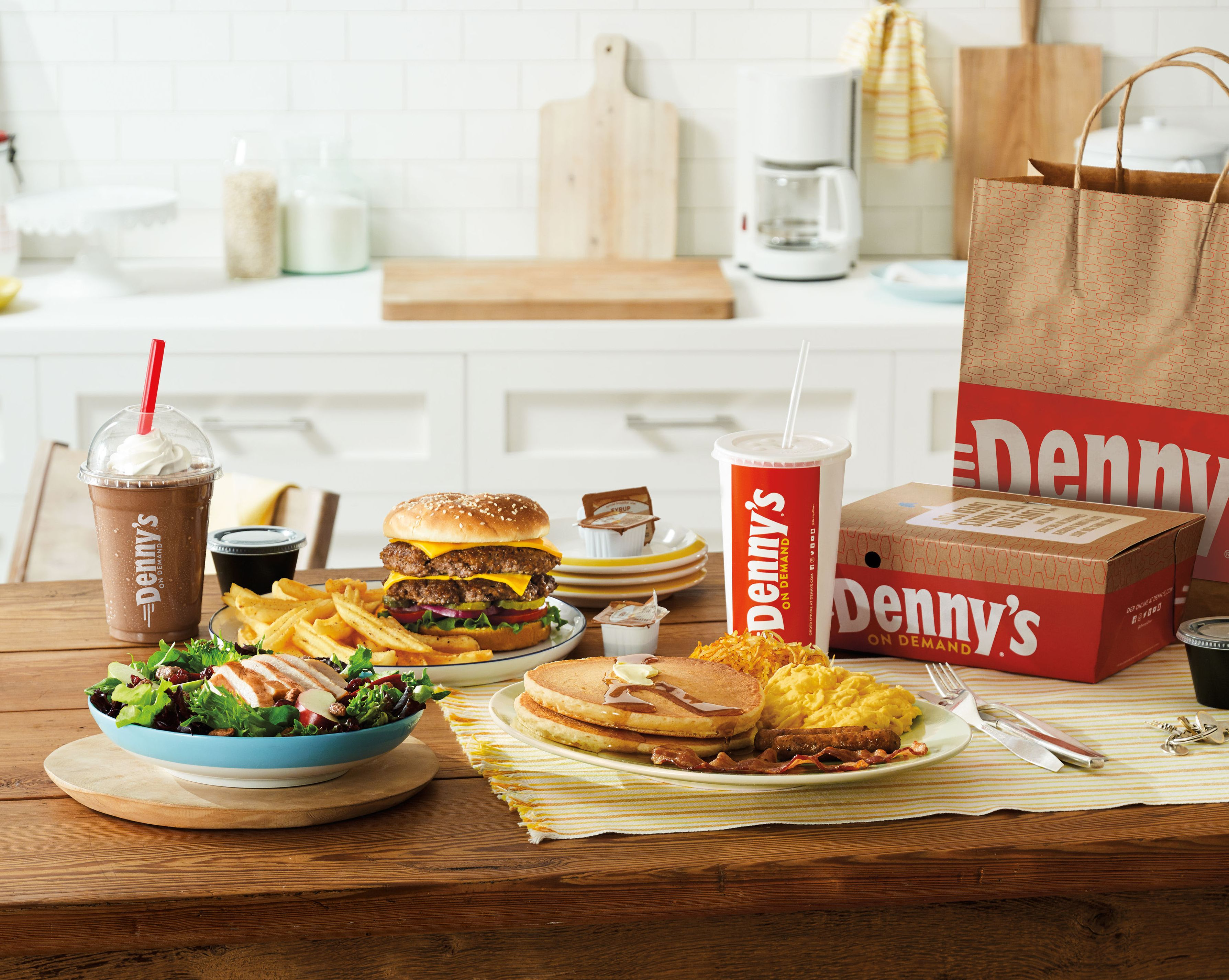 Diner Delivery Denny S Will Now Deliver To Your Door 24 7