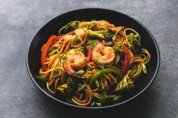 Christmas Spaghetti Squash Shrimp Broccoli Lo Mein To Make Shrimp Broccoli Shrimp Broccoli Lo Mein To Make Shrimp Shrimp Lo Mein Images Shrimp Lo Mein