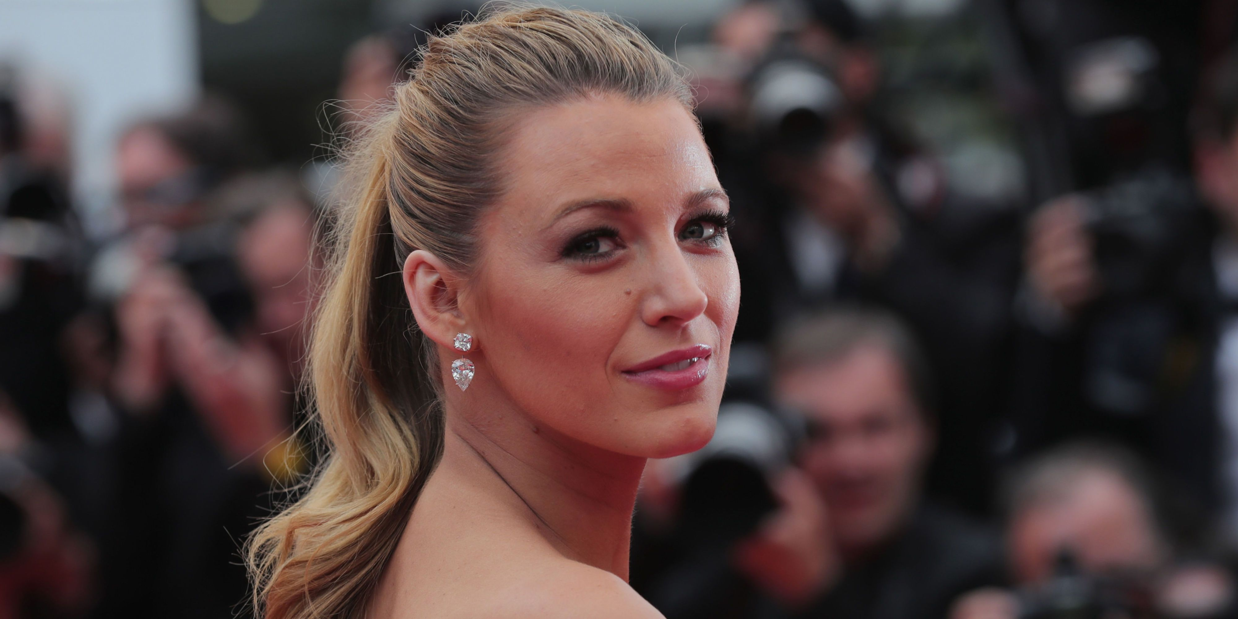 Pixie Cut News Blake Lively Has A Pixie Crop Hair Transformation In Her