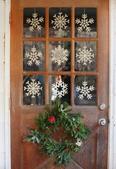 32 Best Outdoor Christmas Decorations - Christmas Yard Decorating - christmas decorating ideas