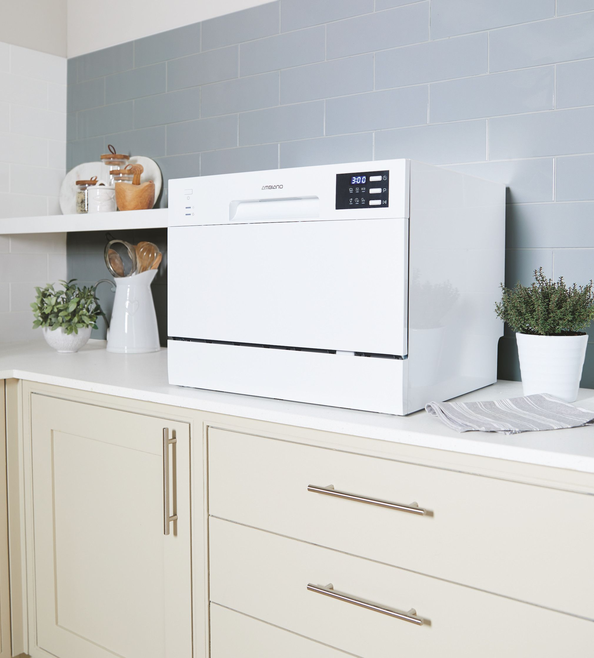 Aldi Is Selling A Table Top Dishwasher For 155 Aldi Deals
