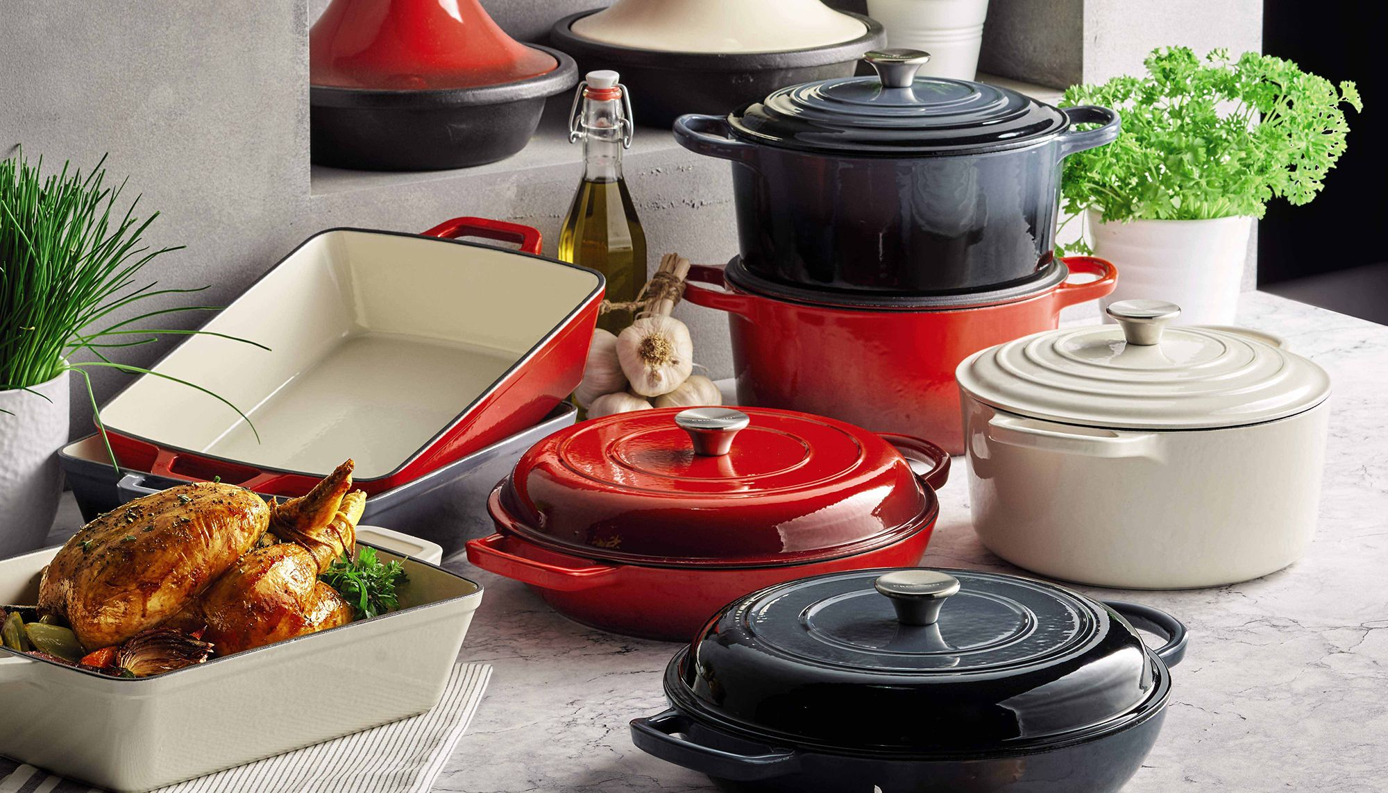 Aldi Saucepans Aldi Launches Cast Iron Cookware Range To Rival High End Brand Le