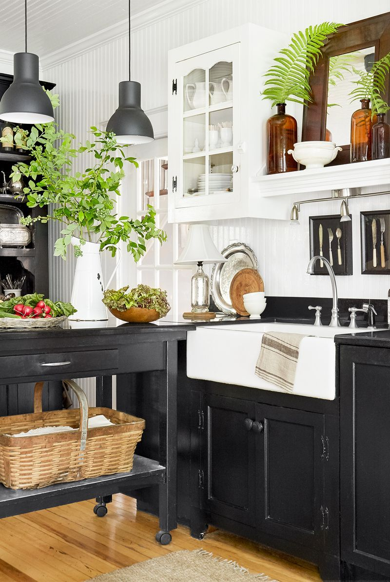 11 Black Kitchen Cabinet Ideas For 2020 Black Kitchen Inspiration