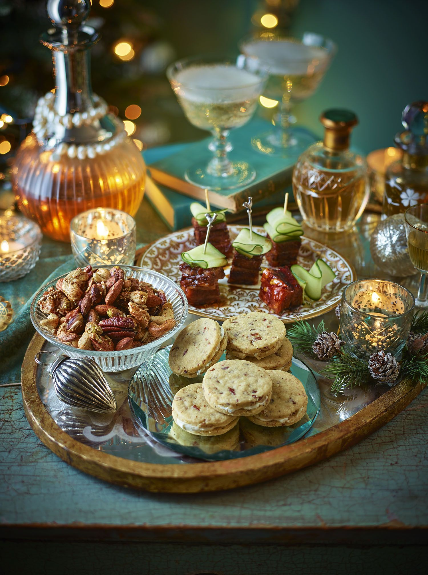 Canape Relax Joanna Pecan Shortbreads With Blue Cheese Cream