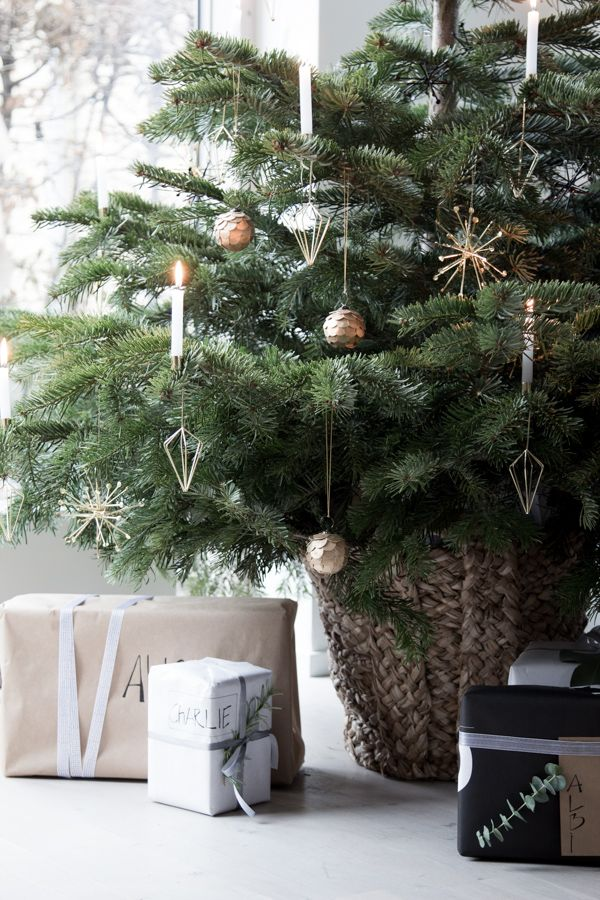 20+ Best Christmas Decorating Ideas - Tips For Stylish Holiday - christmas decorating ideas