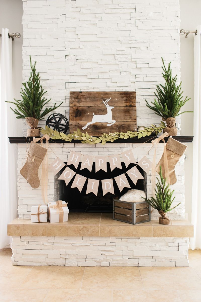Farmhouse Rustic Fireplace Mantel Decor 56 Christmas Mantel Decorations Ideas For Holiday Fireplace