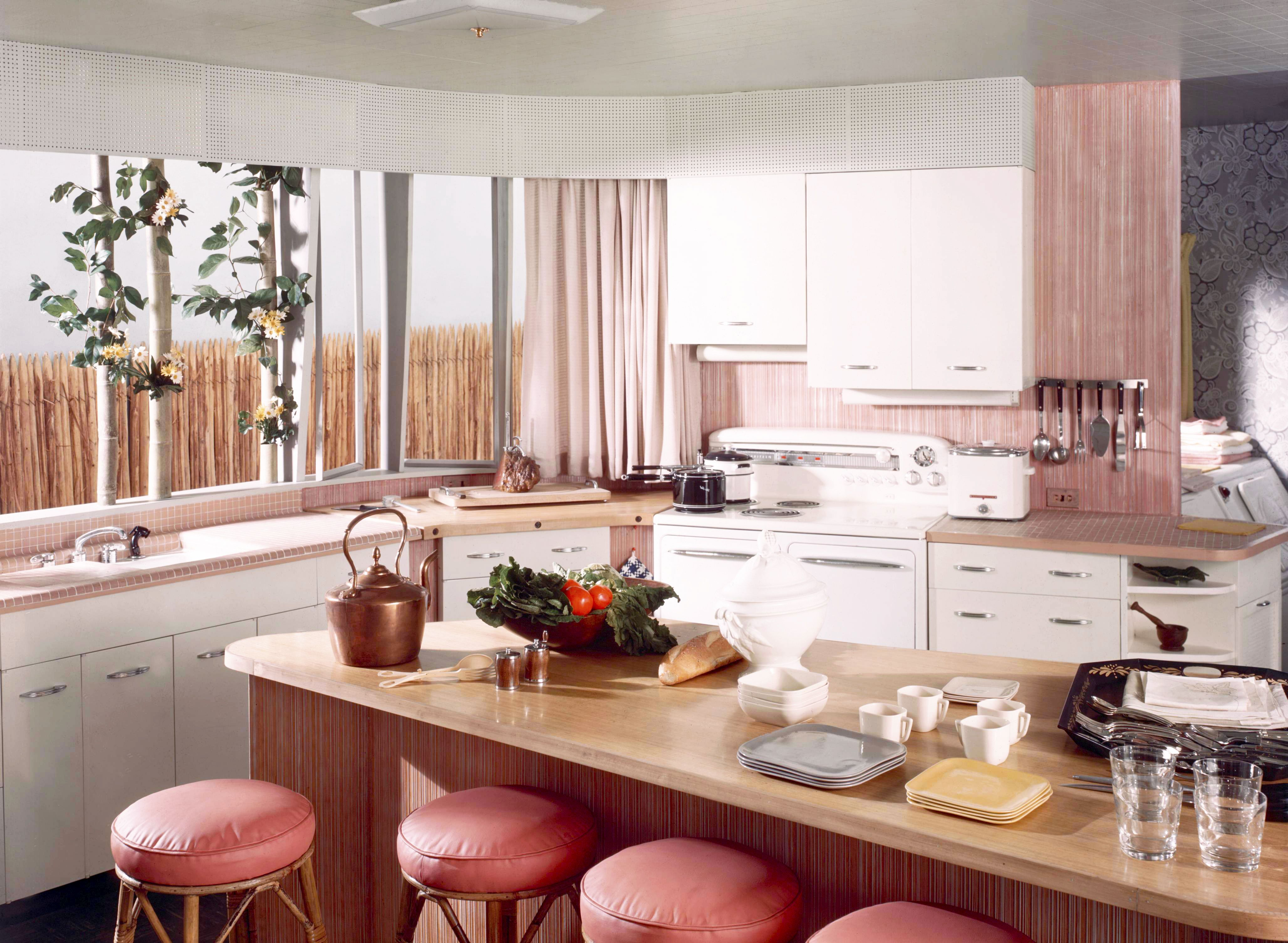 25 Cool Retro Kitchens How To Decorate A Kitchen In Throwback Style