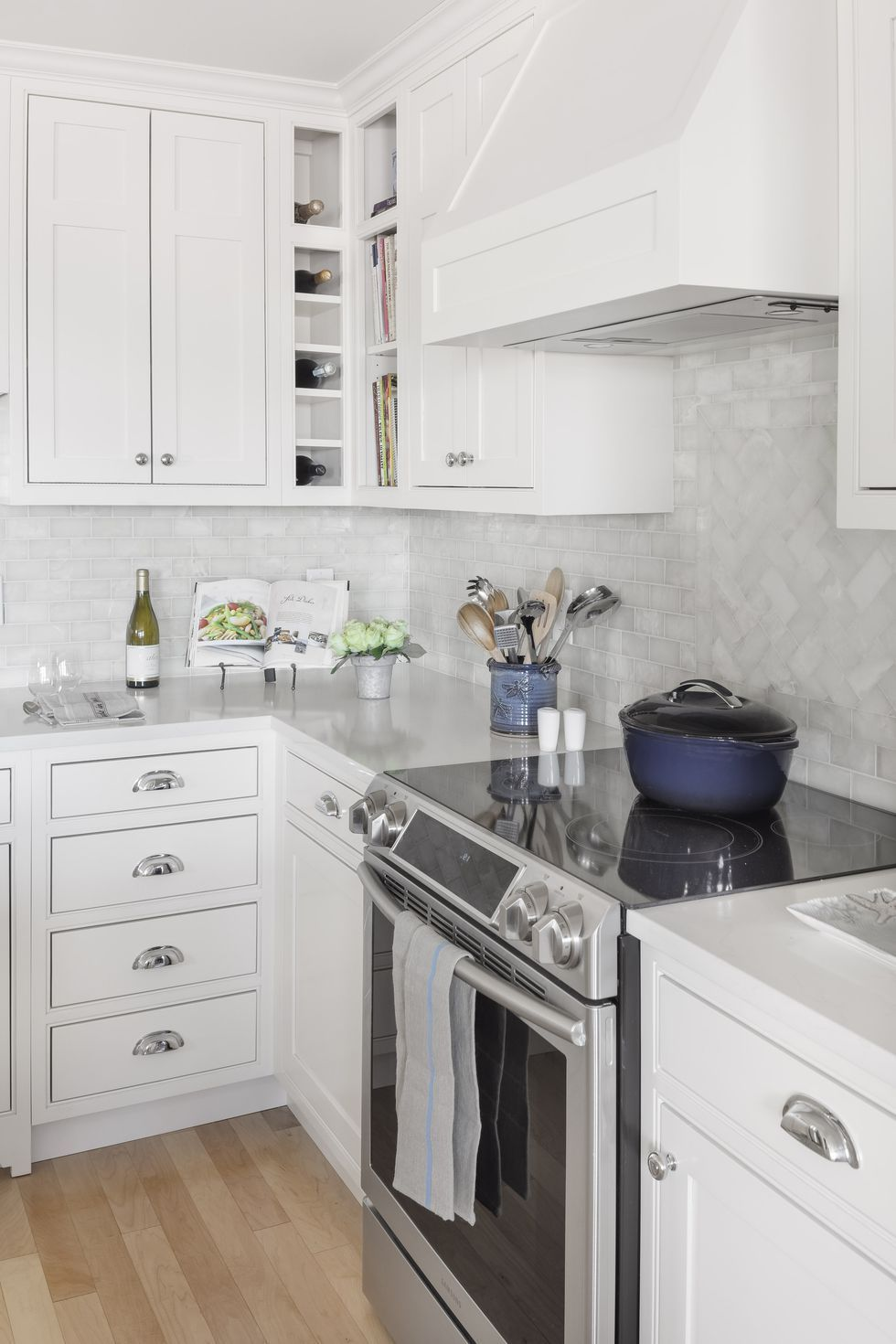 Kitchen Backsplash Ideas With White Cabinets 20 Gorgeous Kitchen Tile Backsplashes Best Kitchen Tile Ideas