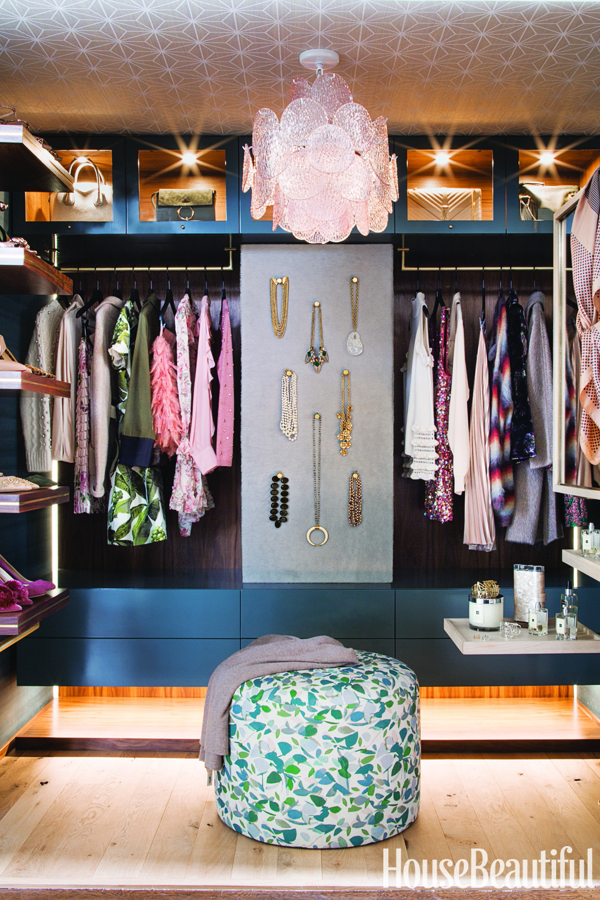 Designer Sofas Closet Organizers Share Their Tips For A Clutter-free