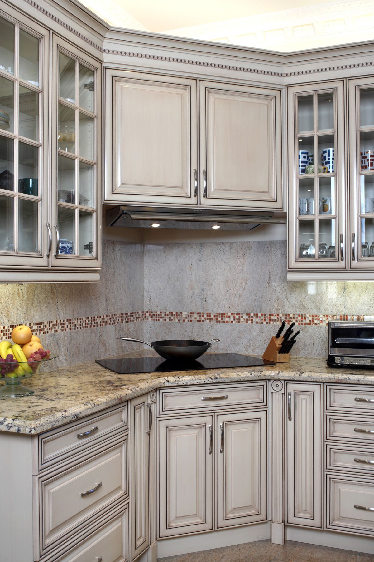Small Kitchen Design Toronto 15 Kitchen Trends Designers Never Want To See Again Kitchen Trends