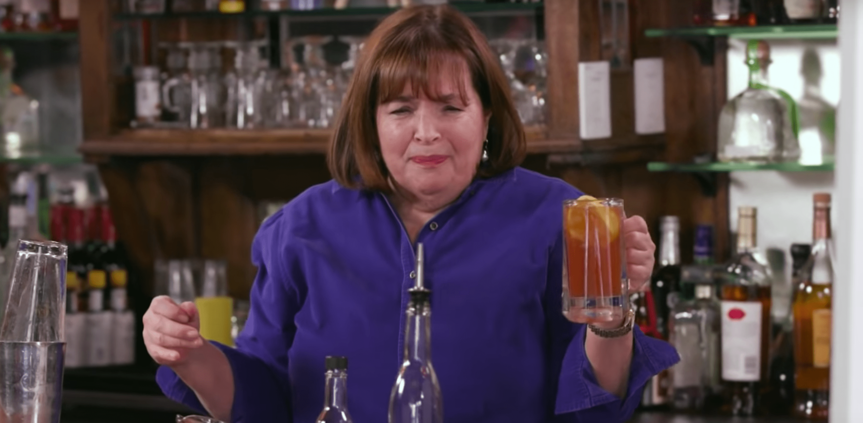 Ina Garten Bars Watch Seth Meyers And Ina Garten Get Extremely Drunk Together In