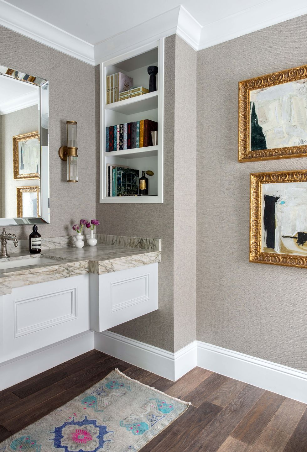 Small Bathrooms Design Ideas 2020 How To Decorate Small Bathroom
