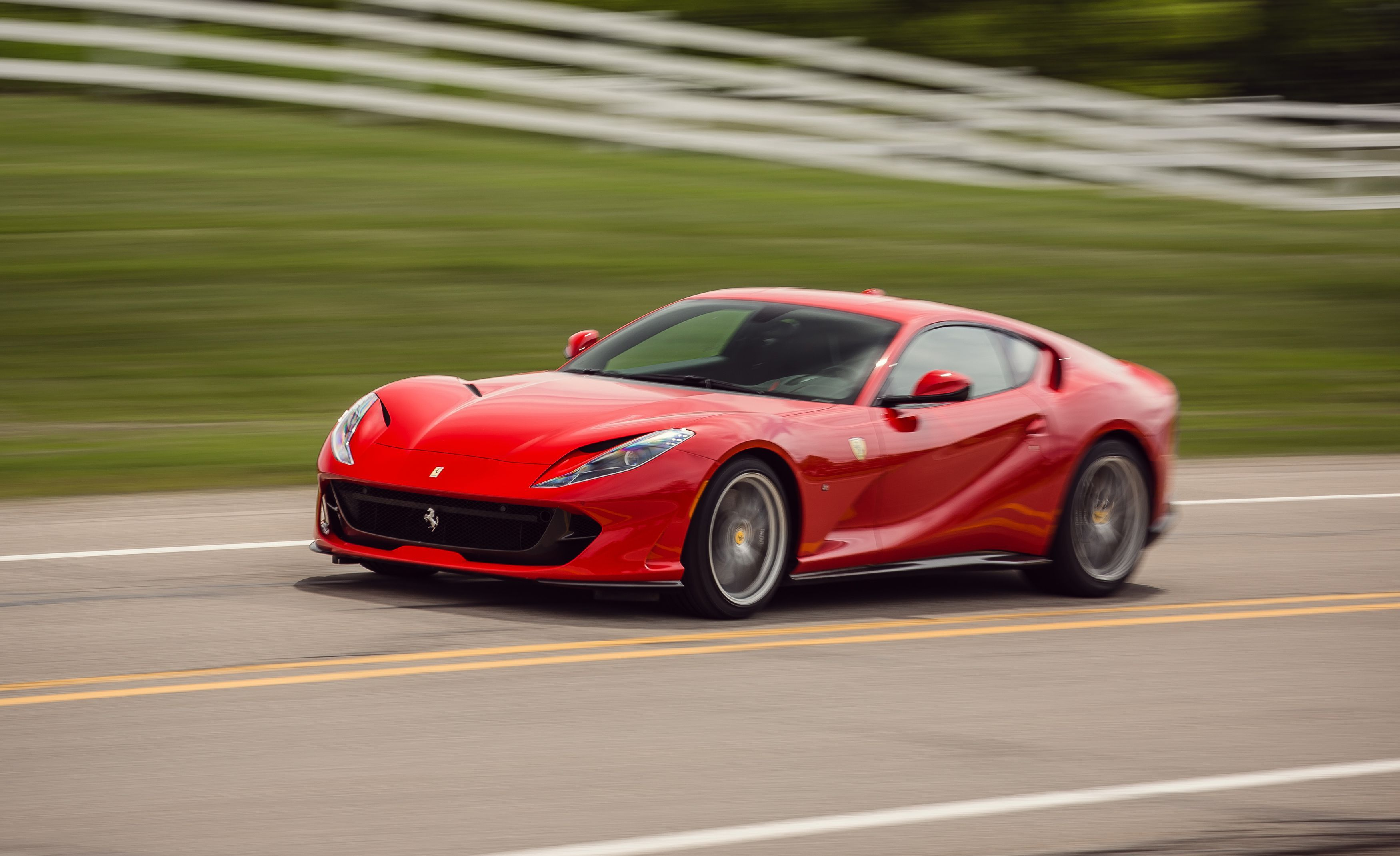Harga Cat No Drop 2018 2019 Ferrari 812 Superfast