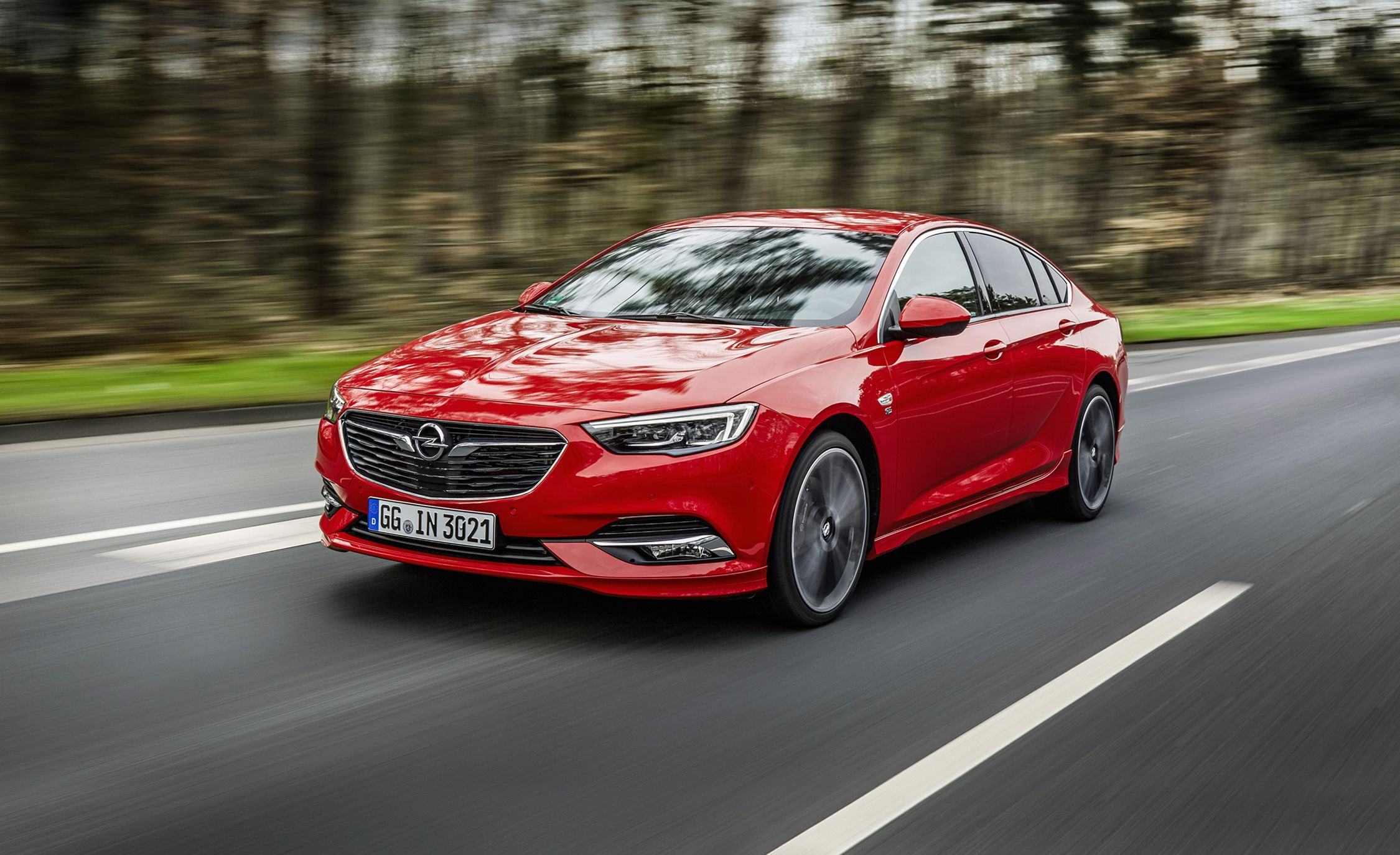 Vauxhall Insignia 2018 2017 Opel Insignia Grand Sport First Drive Review Car And Driver