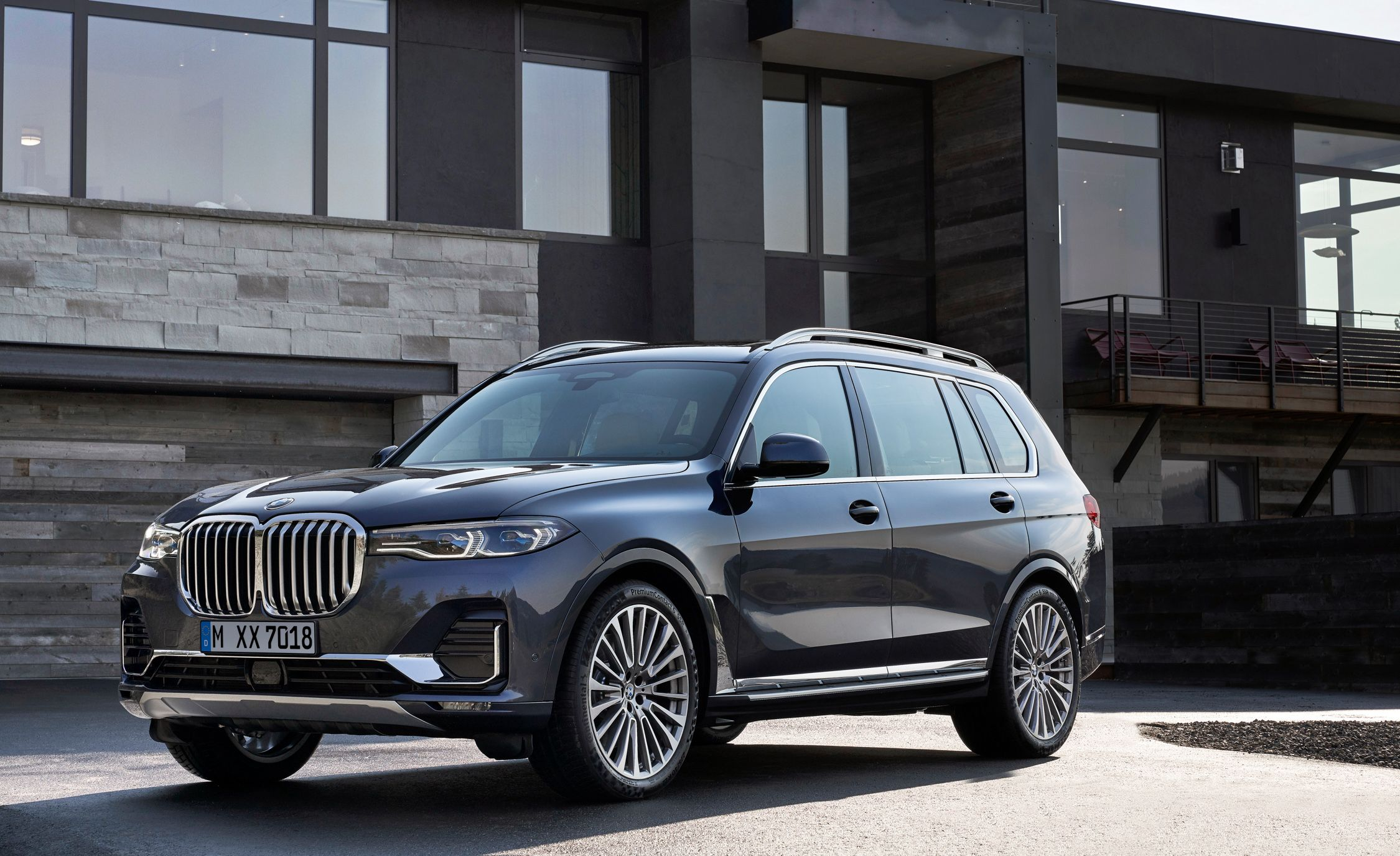 Interieur X6 Bmw 2020 Bmw X7 Reviews Bmw X7 Price Photos And Specs Car And Driver