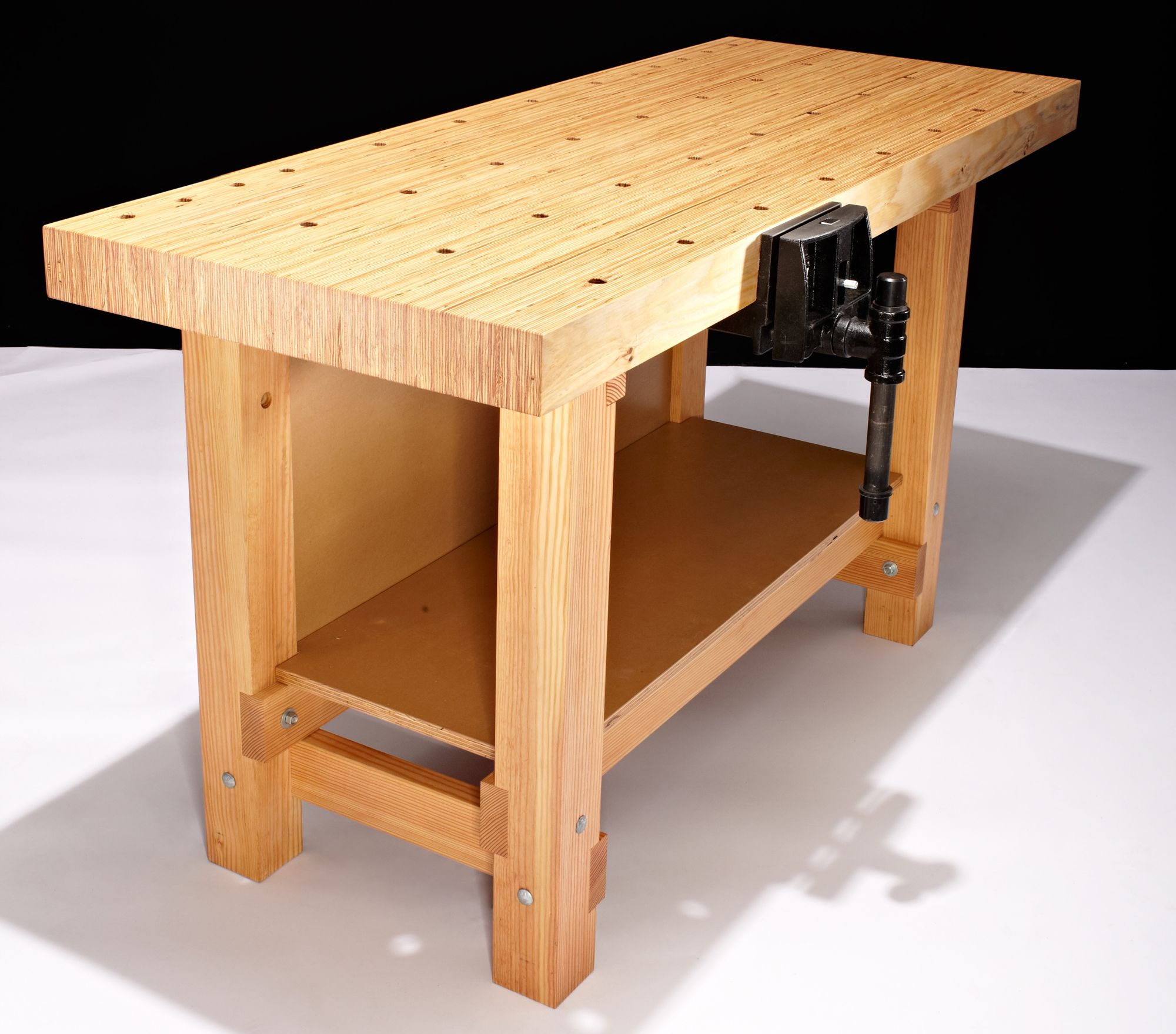 Diy Workbench With Wheels How To Build This Diy Workbench