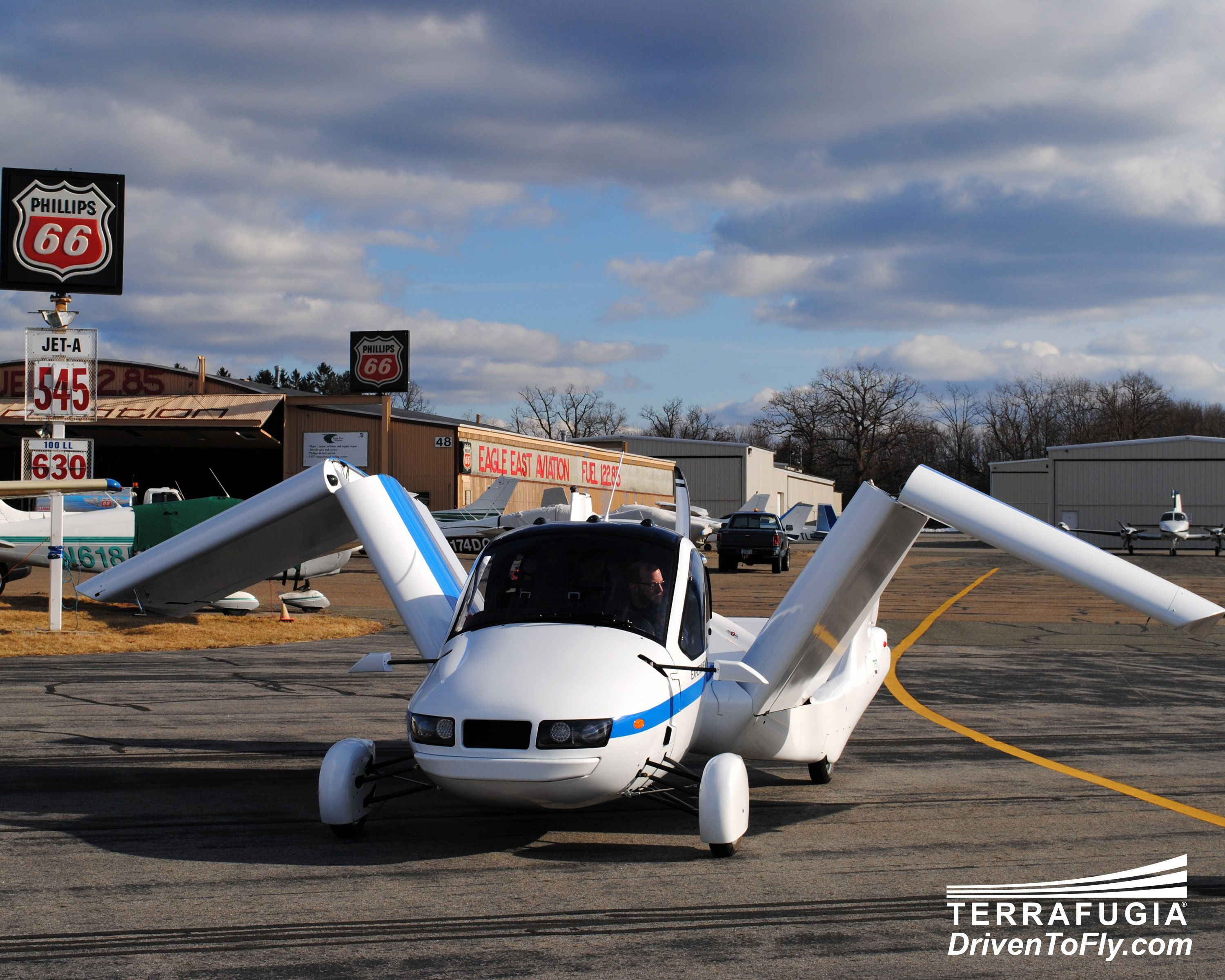 Sport Flying Faa Gives Flying Car Prototype The Go Ahead As A Light Sport Aircraft