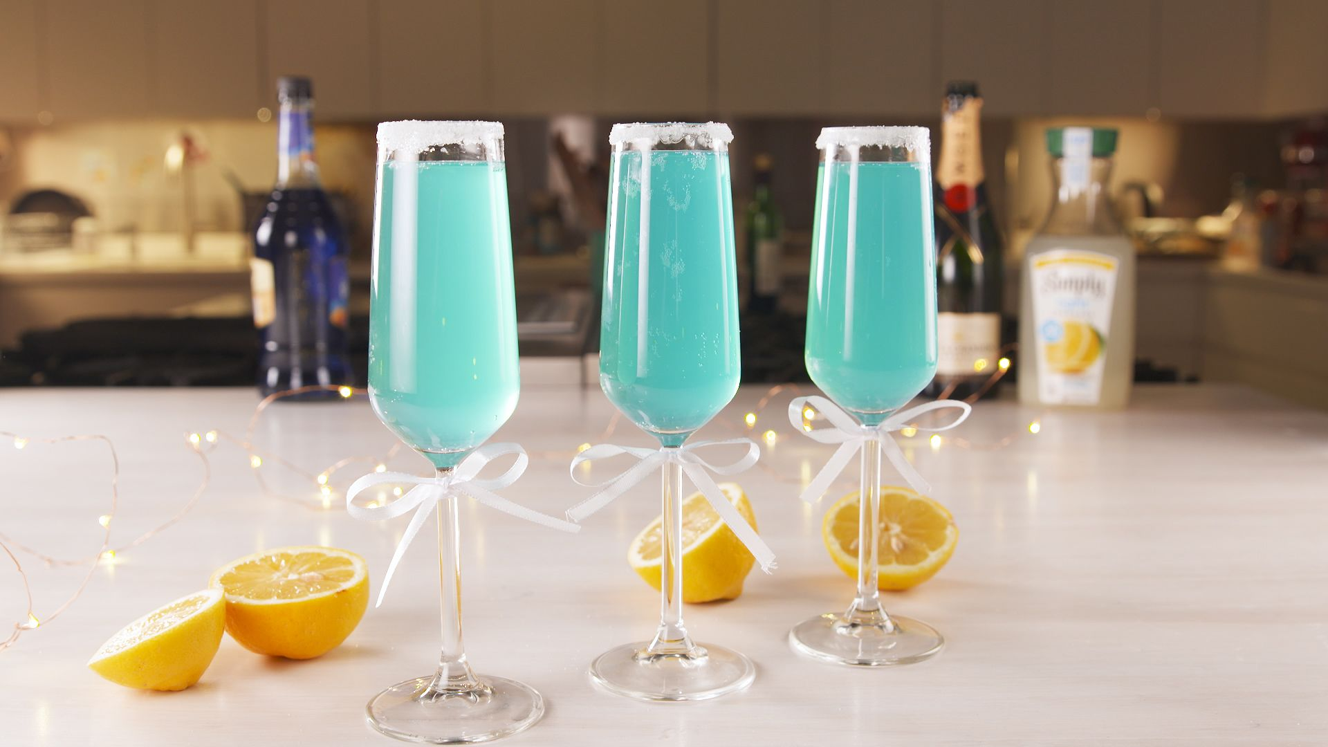 Blue Curacao Cocktail Alkoholfrei Tiffany Mimosas