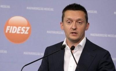 Rogán: ne legyen olyan közös bevándorláspolitika, amely a bevándorlókat rákényszeríti az uniós ...