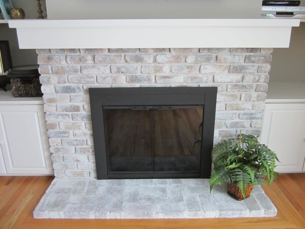 Whitewash Fireplace Before And After How To Whitewash A Brick Fireplace 7 Easy Steps