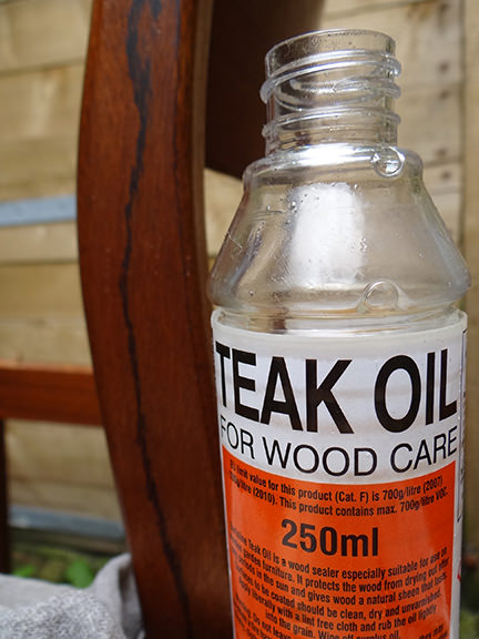 bottle of teak oil