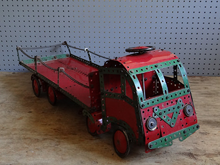 red and green lorry