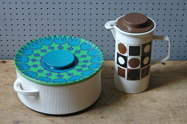 Vintage Thomas Flammfest lidded casserole dish and Johnson Brothers Op Art coffee pot