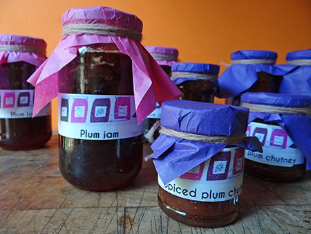bottled spiced plum chutney