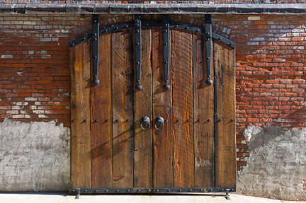 antique wooden barn doors