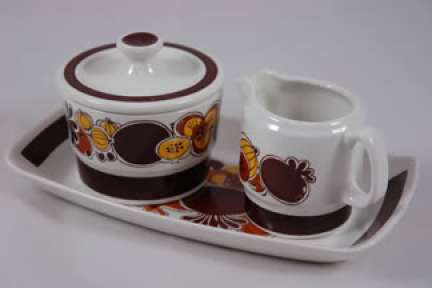 vintage Figgjo Flint milk and sugar set