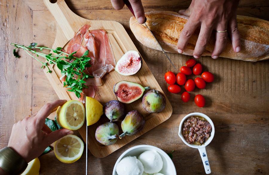 Cozinhas lindas e receitas fáceis para receber