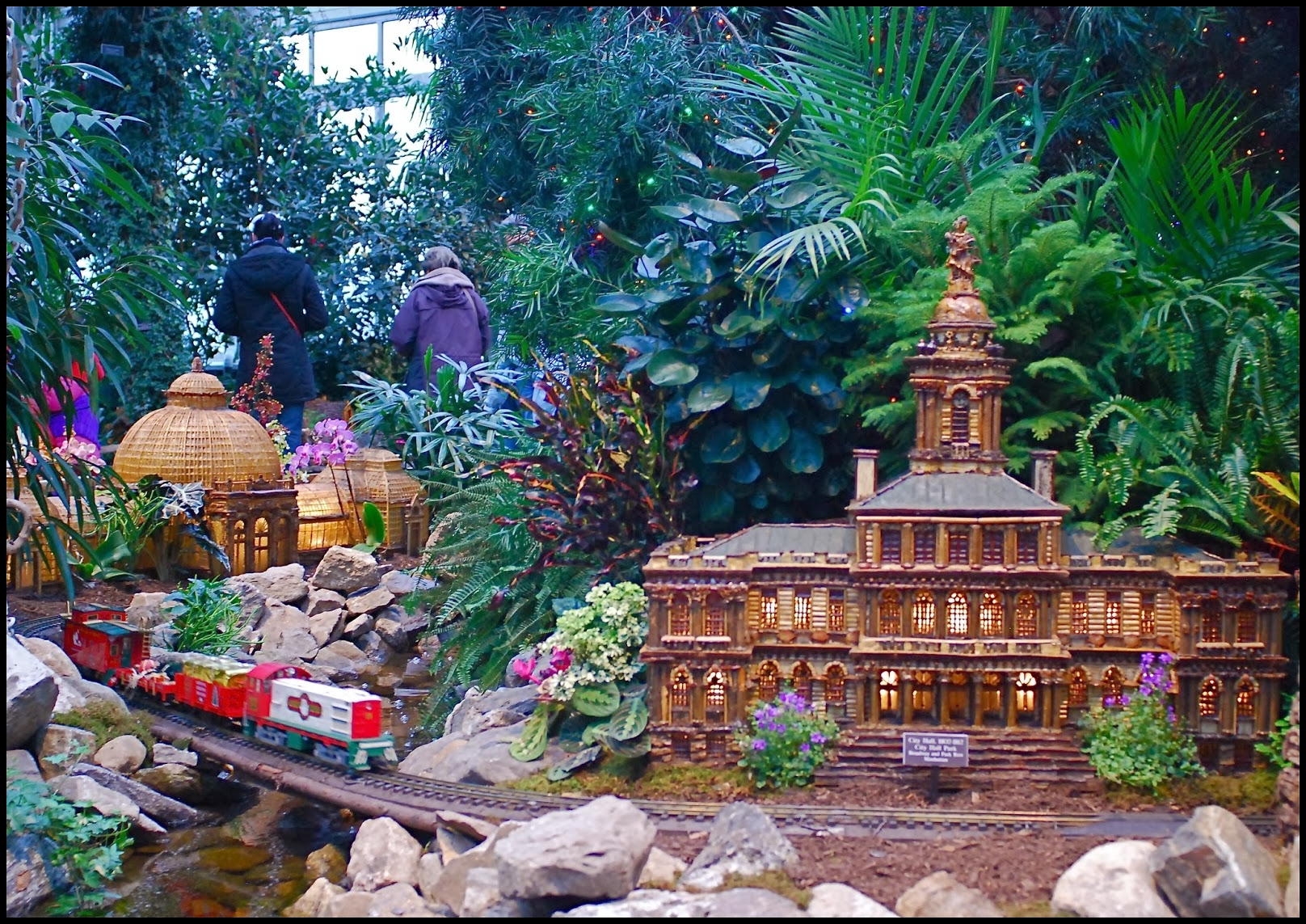 Garden S New York Botanical Gardens Holiday Train Show 2013