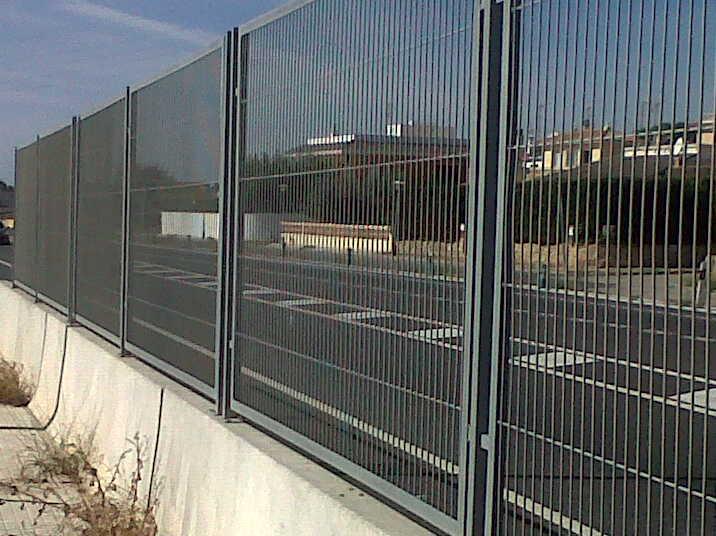 Modelos de valla verja de malla electrosoldada con marco - Fotos de vallas ...