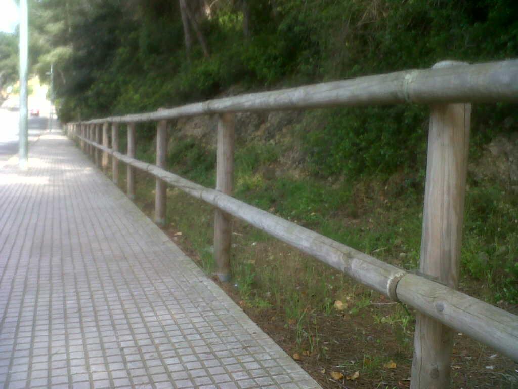 Vallas de madera valla tejana vinuesa vallas cercados - Valla de madera ...