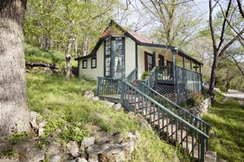 eureka spring Arkansas cottages